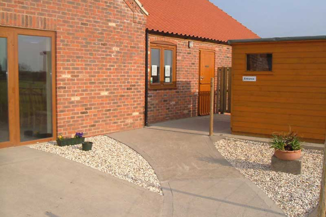 entrance area with level paving
